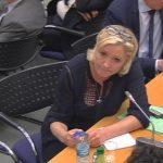 Par ses questions, Marine Le Pen remet en cause la réalité de la suspension d'Alexandre Benalla