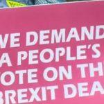 De plus en plus de Britanniques se mobilisent en faveur d'un nouveau référendum pour mettre fin au Brexit
