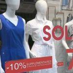Les soldes d'été ont été jugées décevantes par les commerçants.