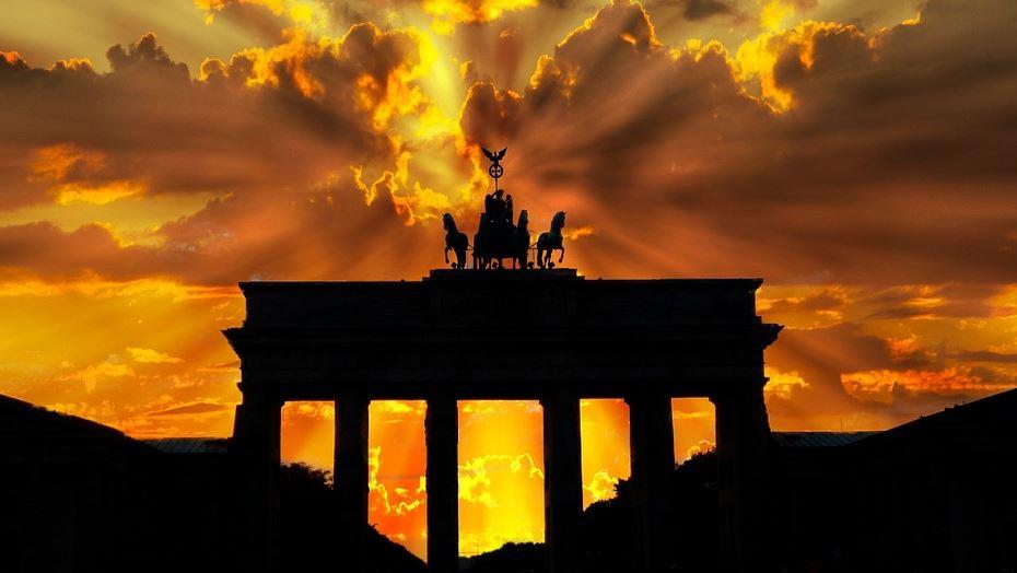 Le ministre allemand des finances de Hesse « profondément inquiet » de la crise s'est suicidé