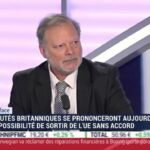"""Philippe Béchade: """"La classe moyenne US continue de s'appauvrir et nous sommes à un record absolu en termes de cavalerie financière sur les cartes de crédit !"""""""