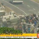 Venezuela: Un blindé écrase des manifestants qui manifestent contre Maduro à Caracas
