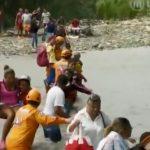 Venezuela: Environ 5000 personnes quittent le pays chaque jour. Il s'agit du plus vaste exode de l'histoire récente d'Amérique Latine.