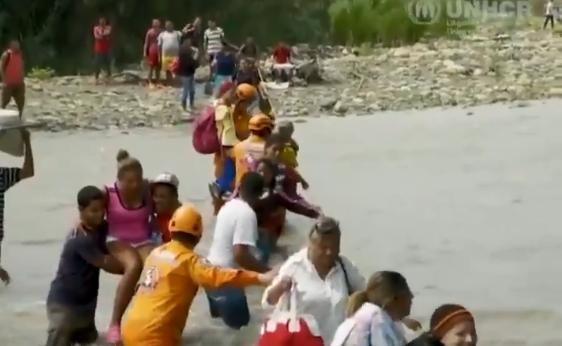 Venezuela: Environ 5000 personnes quittent le pays chaque jour. Il s