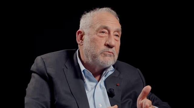 Joseph Stiglitz, prix Nobel d'économie, prévoit des faillites en série
