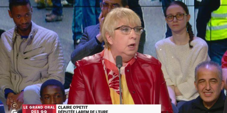 Selon Claire O'Petit une aide soignante gagne « au minimum » 1700€ par mois...