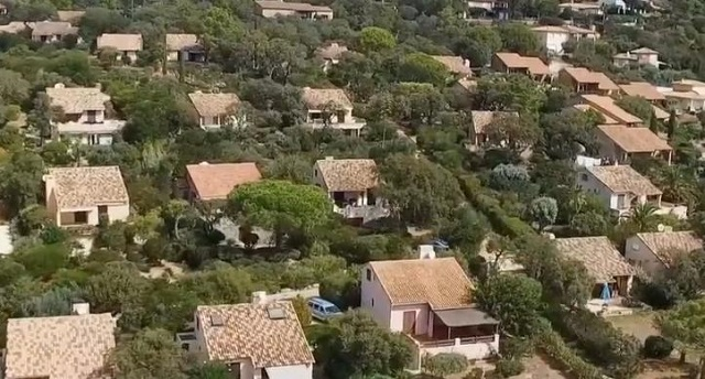 Corse: les élus nationalistes souhaitent taxer les résidences secondaires des non-Corses