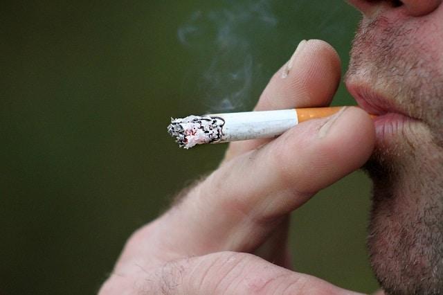Sale temps pour les salariés fumeurs aux États-Unis