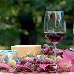 Fromages, vins pétillants… : ces produits français qui pourraient être surtaxés par les Américains