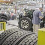 USA: Les commandes de camions de classe 8 plongent à leur plus faible niveau en 10 ans !