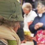 """Sarthe: Suzanne, fleuriste au Mans à 86 ans… """"Nos retraites sont tellement grosses !!"""""""