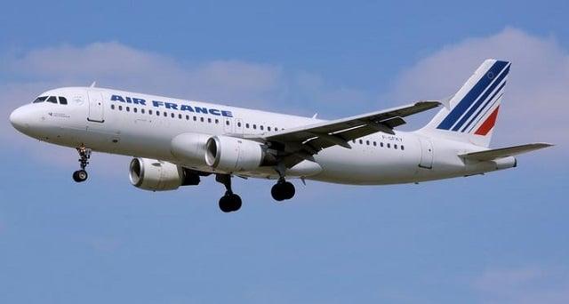 Air France: une réduction de 40% des vols intérieurs d'ici 2021