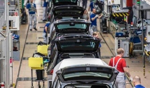 Volkswagen: une entreprise au bord du gouffre. Le confinement met le constructeur allemand dans une situation critique !