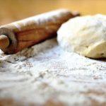 Depuis le début du confinement, la demande en farine explose partout en France