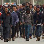 Un haut responsable français déclare que le confinement ne devrait pas s'appliquer dans les quartiers sensibles afin d'éviter des émeutes