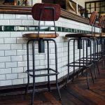 Royaume-Uni: le confinement prolongé des pubs et restaurant inquiète… 40 000 pubs sont en difficulté !