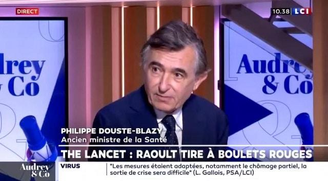"""Philippe Douste-Blazy: """"Je suis extrêmement en colère: comment peut-on arriver à faire des Fake News dans des journaux comme ceux-là ?"""""""