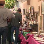 Après 2 mois de confinement: Antiquaires, brocanteurs et restaurateurs du marché aux puces de Saint-Ouen restent inquiets.