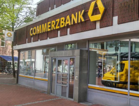 Démission du patron de Commerzbank