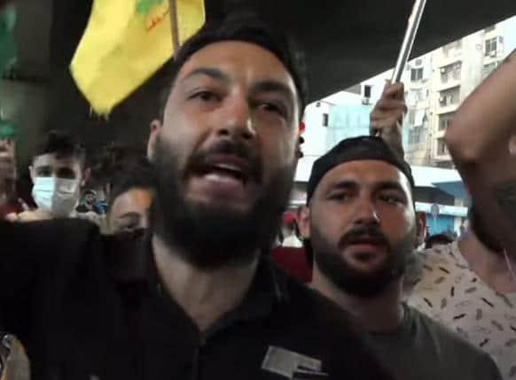 """Le Liban est en train de sombrer sous nos yeux. """"Les rues sont vides, les commerces ferment les un après les autres"""". La monnaie nationale a perdu plus de 70% de sa valeur..."""