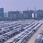 CHINE: Wow,… tous ces véhicules neufs invendus qui restent pourrir sur d'immenses parkings !