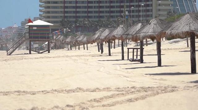 Cancun, la Mecque du tourisme au Mexique, touchée par une double crise