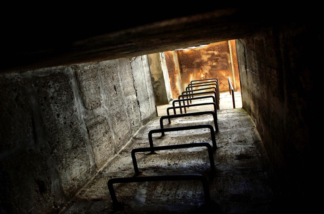Le secteur des bunkers souterrains explose alors que les événements mondiaux deviennent incontrôlables