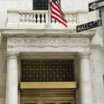 "Peter Schiff: ""Pendant que Main Street (Vous) souffre, Wall Street jubile !"""