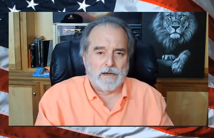 """Steve Quayle: """"L'Amérique va vivre une vraie guerre civile et subir une énorme famine ! Dépêchez-vous d'acheter des boîtes de conserve, et ce n"""