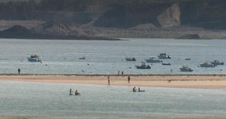 arriere-saison-baie-plage-tourisme