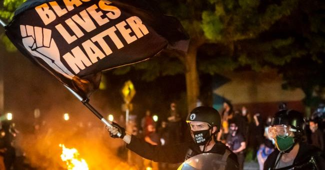 USA: Les manifestations ne sont plus pacifistes ! 91% de l