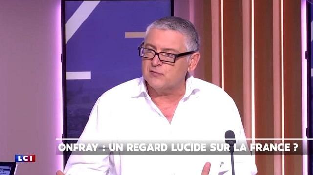 """Michel Onfray: """"L'État profond veut transformer le monde en supermarché"""""""