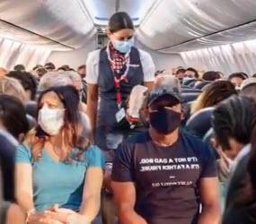 plane-passengers