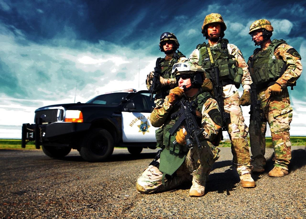 Préparez-vous au pire ! Les forces de l'ordre US s'attendent à des émeutes électorales qui dépasseront l'entendement...