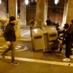 Des manifestations virent à l'émeute dans de nombreuses villes européennes. Les gens en ont ras le bol des restrictions !