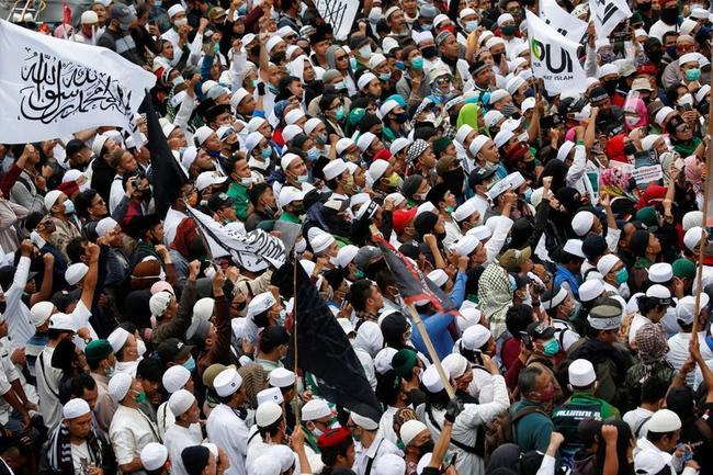 bangladesh-indonesia-islamist-protests