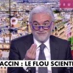 """Pascal Praud: """"Castex a peur de se faire vacciner, il a la trouille... Moi je vous dis, que tout le gouvernement se fasse vacciner, qu"""
