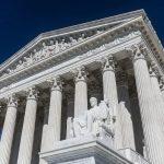 « Le Texas saisit la Cour suprême et porte plainte contre 4 autres Etats ! » L'édito de Charles Sannat