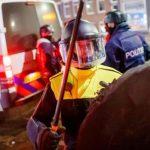 3ème nuit d'émeutes féroces anti-couvre-feu aux Pays-Bas !